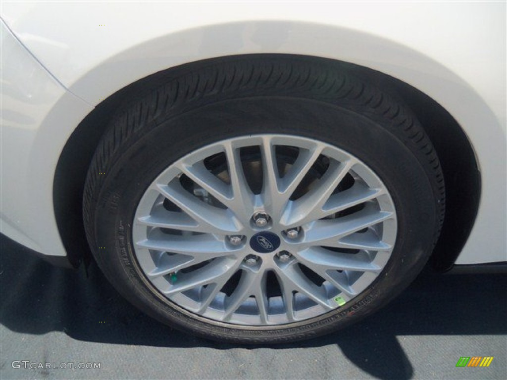 2012 Focus SEL Sedan - White Platinum Tricoat Metallic / Stone photo #9