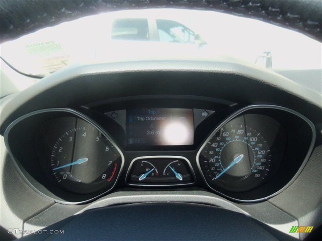 2012 Focus SEL Sedan - White Platinum Tricoat Metallic / Stone photo #22