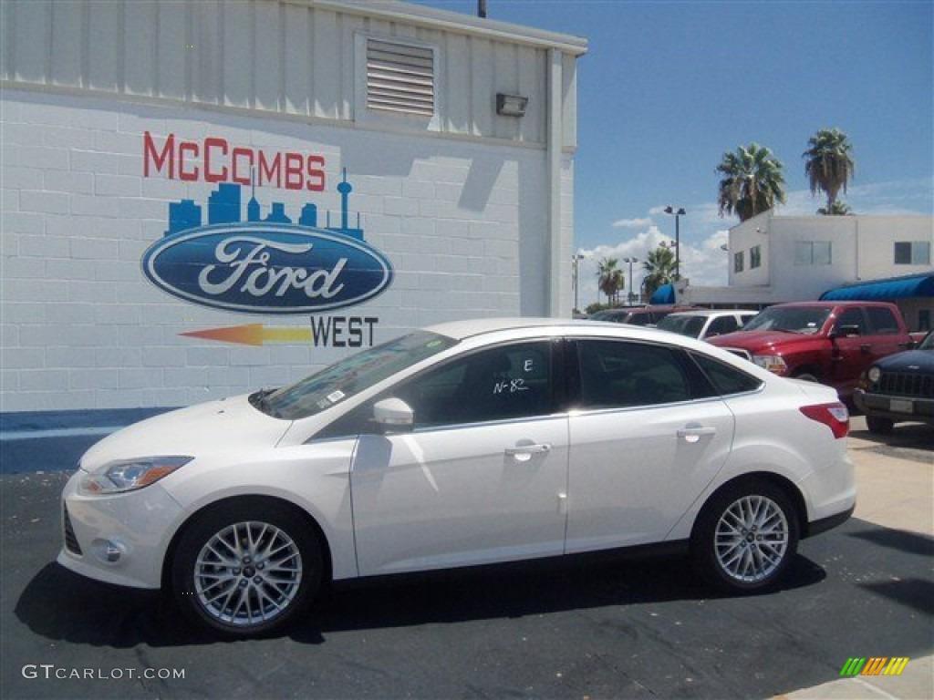 2012 Focus SEL Sedan - White Platinum Tricoat Metallic / Stone photo #24