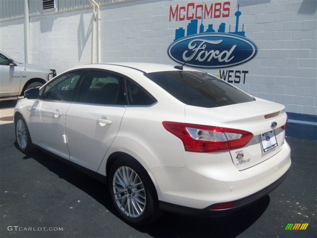 2012 Focus SEL Sedan - White Platinum Tricoat Metallic / Stone photo #25