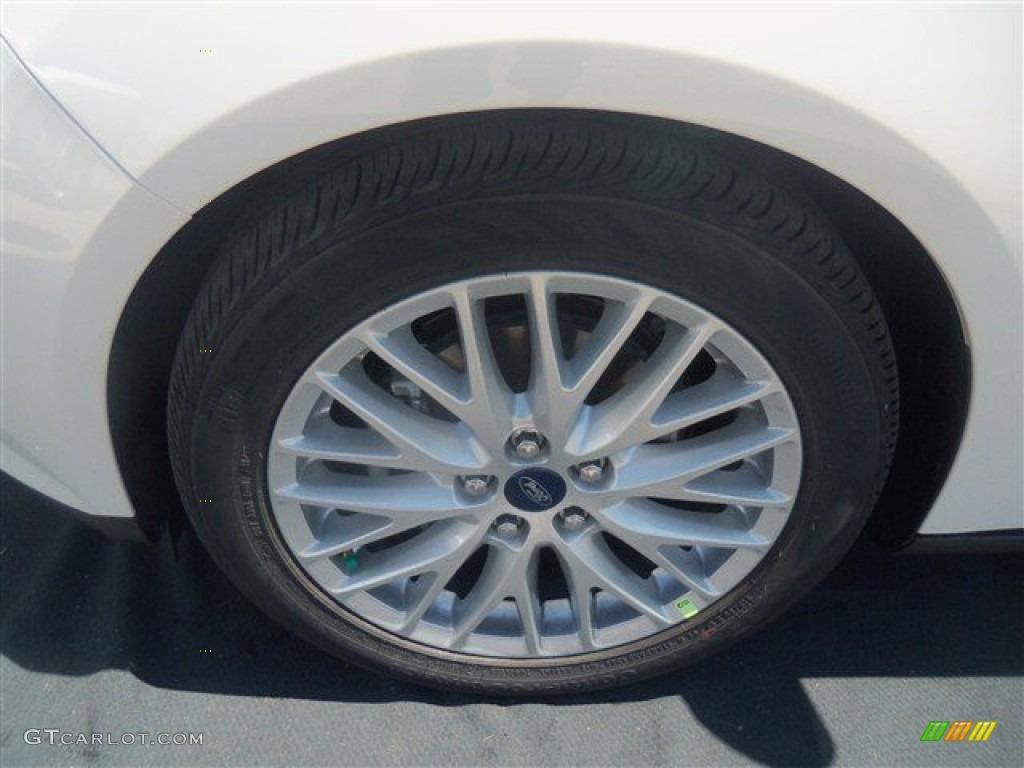 2012 Focus SEL Sedan - White Platinum Tricoat Metallic / Stone photo #31