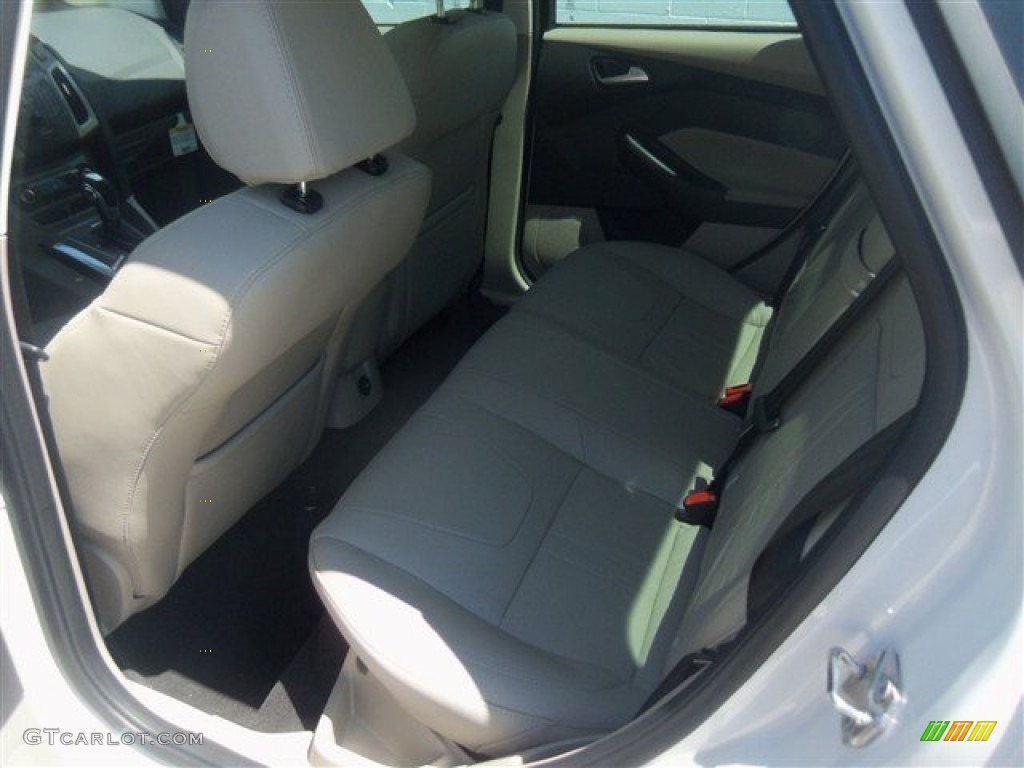 2012 Focus SEL Sedan - White Platinum Tricoat Metallic / Stone photo #34