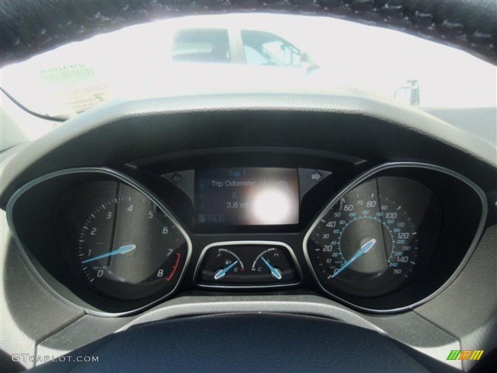 2012 Focus SEL Sedan - White Platinum Tricoat Metallic / Stone photo #44