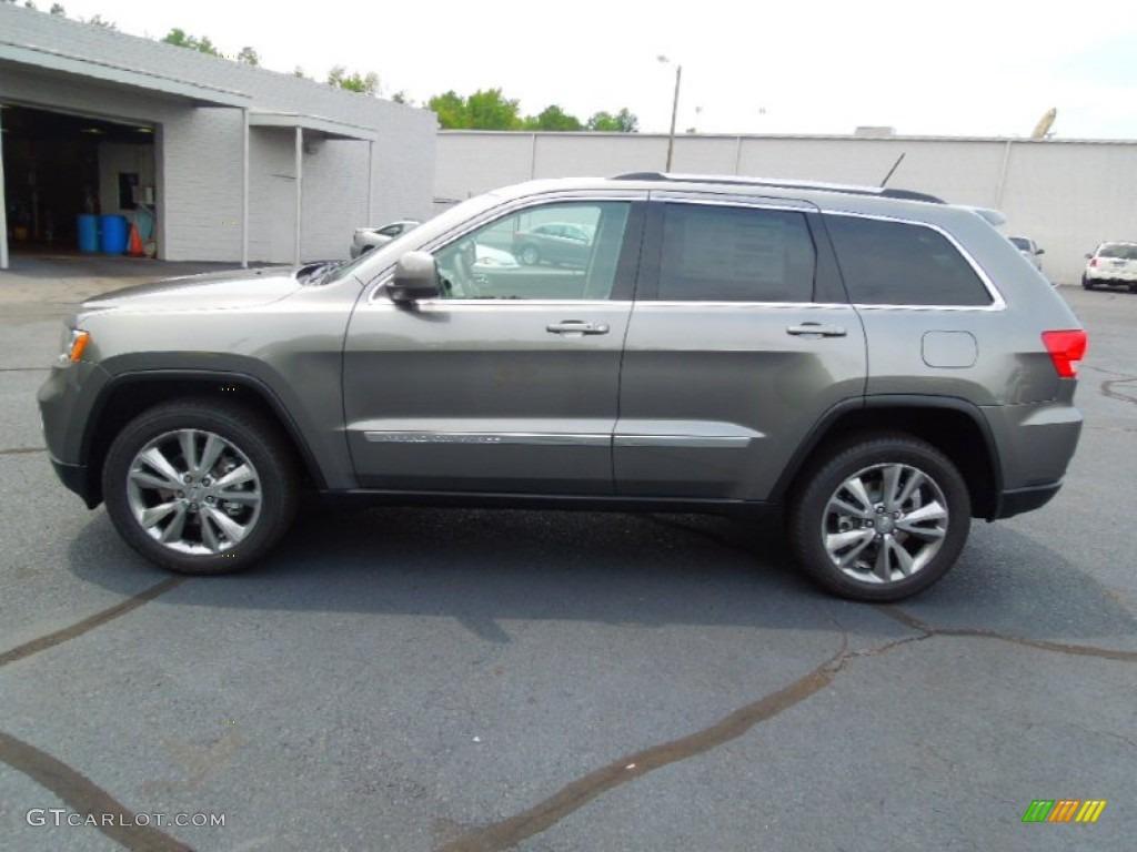 2013 mineral gray metallic jeep grand cherokee laredo 69150279 photo 3 car. Black Bedroom Furniture Sets. Home Design Ideas