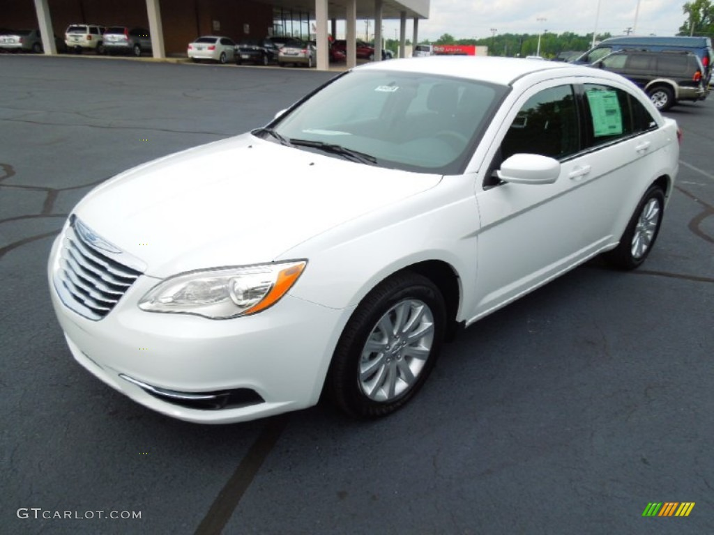 Bright White 2013 Chrysler 200 Touring Sedan Exterior
