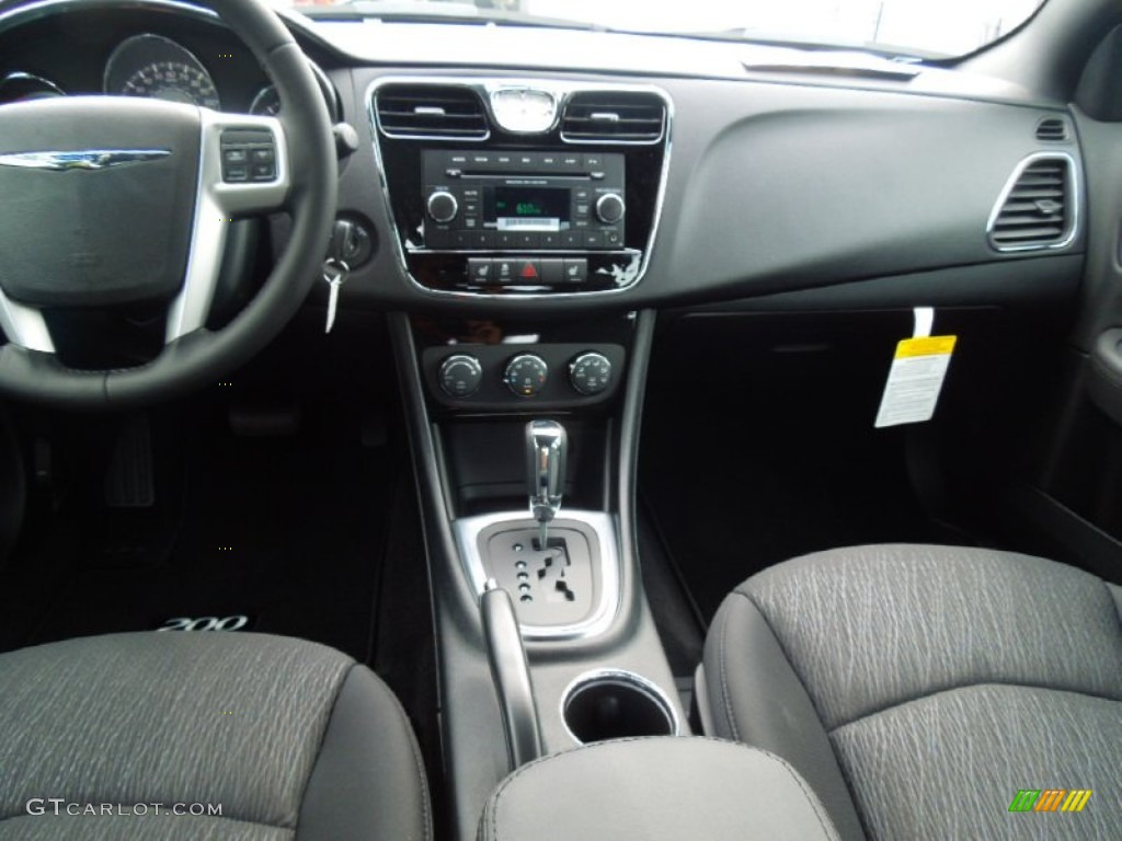 2013 chrysler 200 touring sedan black dashboard photo. Black Bedroom Furniture Sets. Home Design Ideas