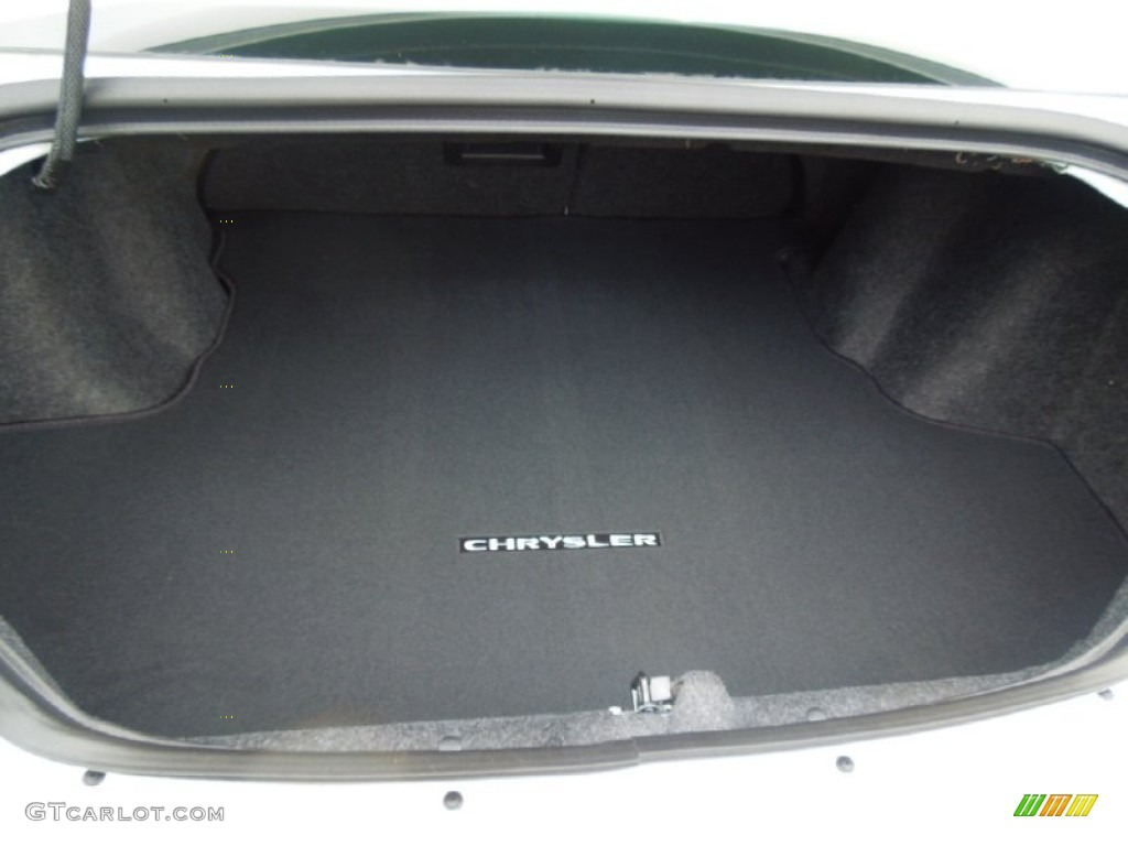 2013 chrysler 200 touring sedan trunk photo 69161053. Black Bedroom Furniture Sets. Home Design Ideas