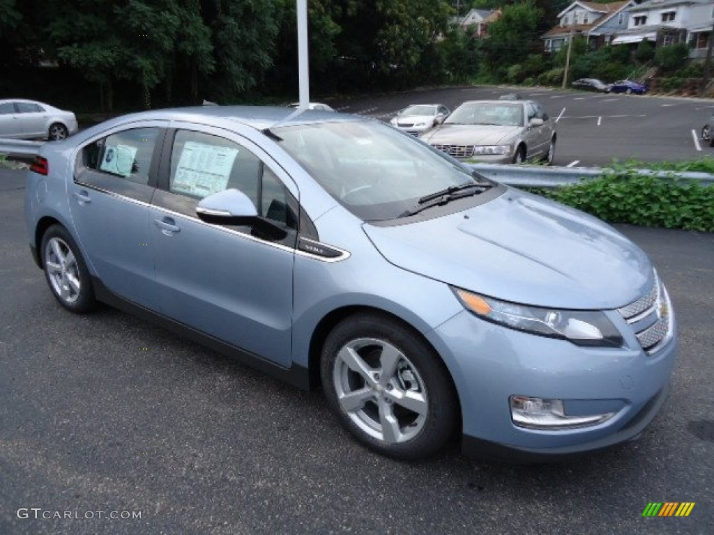 Silver Topaz Metallic 2013 Chevrolet Volt Standard Volt Model Exterior Photo #69363718