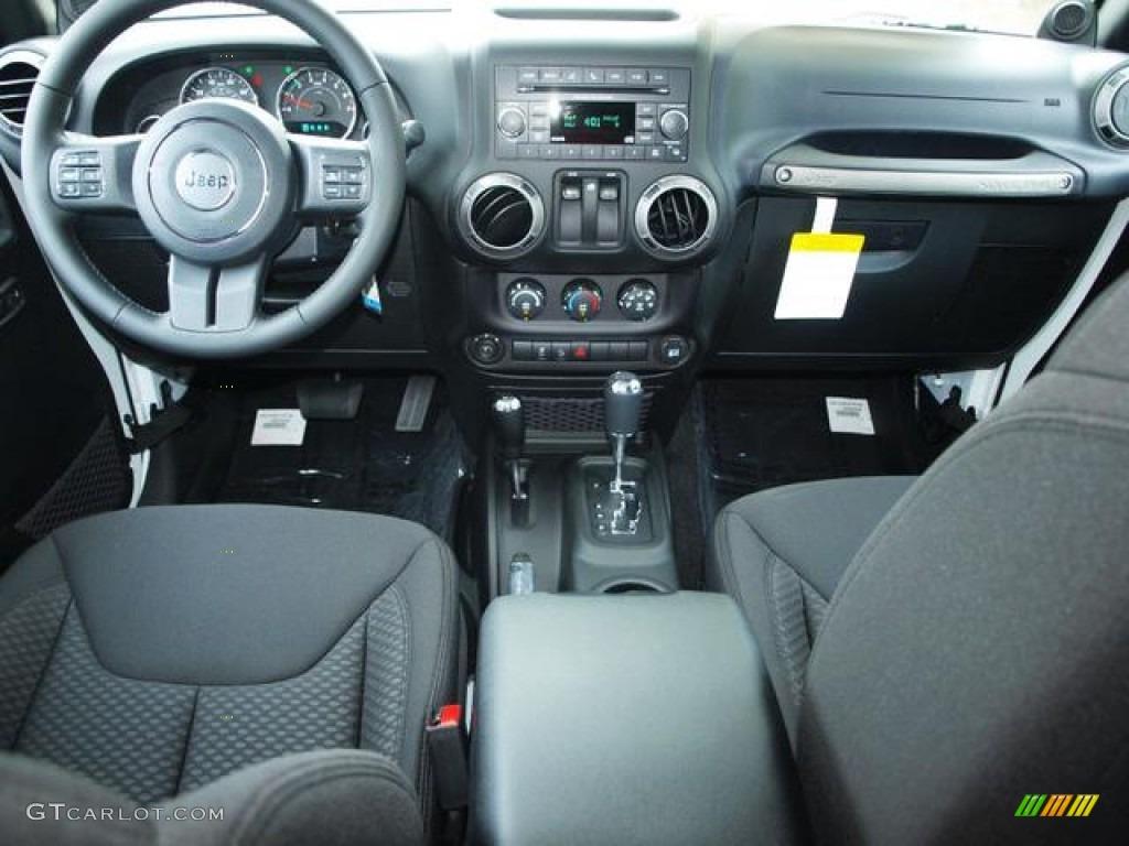 2013 Jeep Wrangler Sport S 4x4 Black Dashboard Photo ...