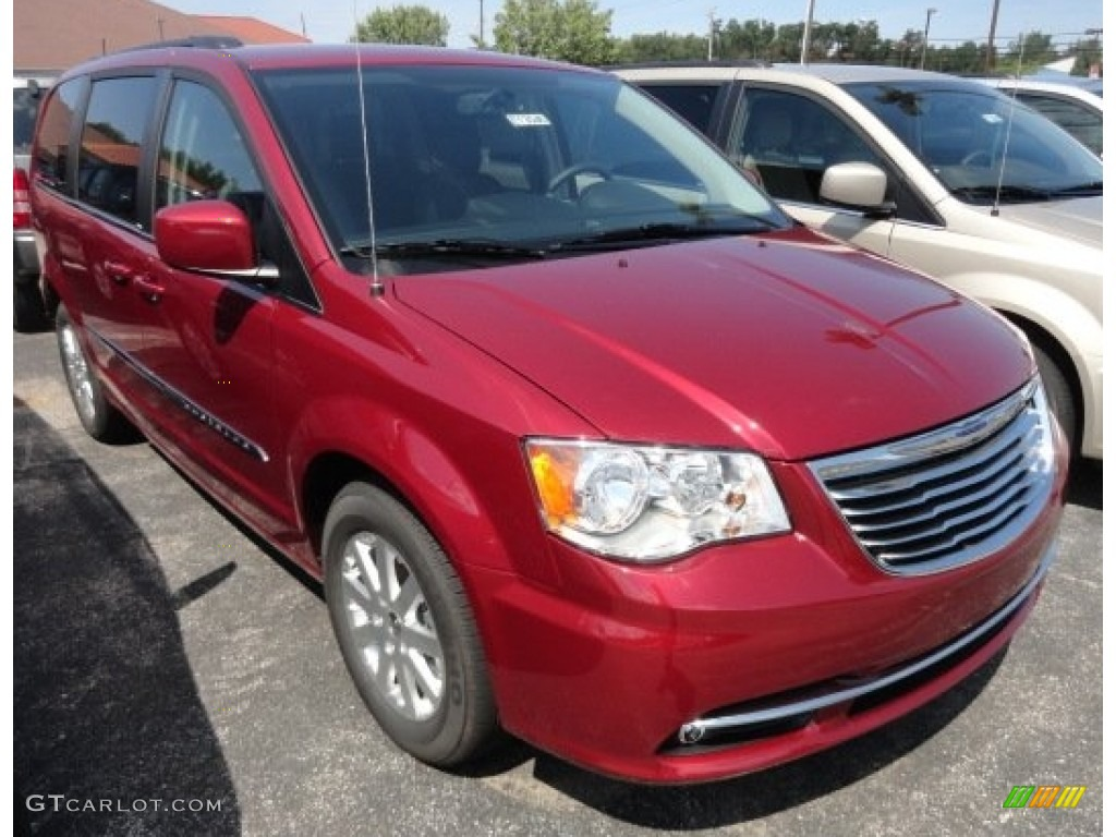 Deep cherry red crystal pearl 2013 chrysler town country touring exterior photo 69394762