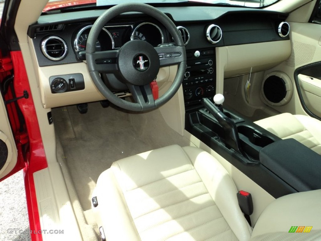Medium Parchment Interior 2008 Ford Mustang Gt Premium Coupe Photo 69409624