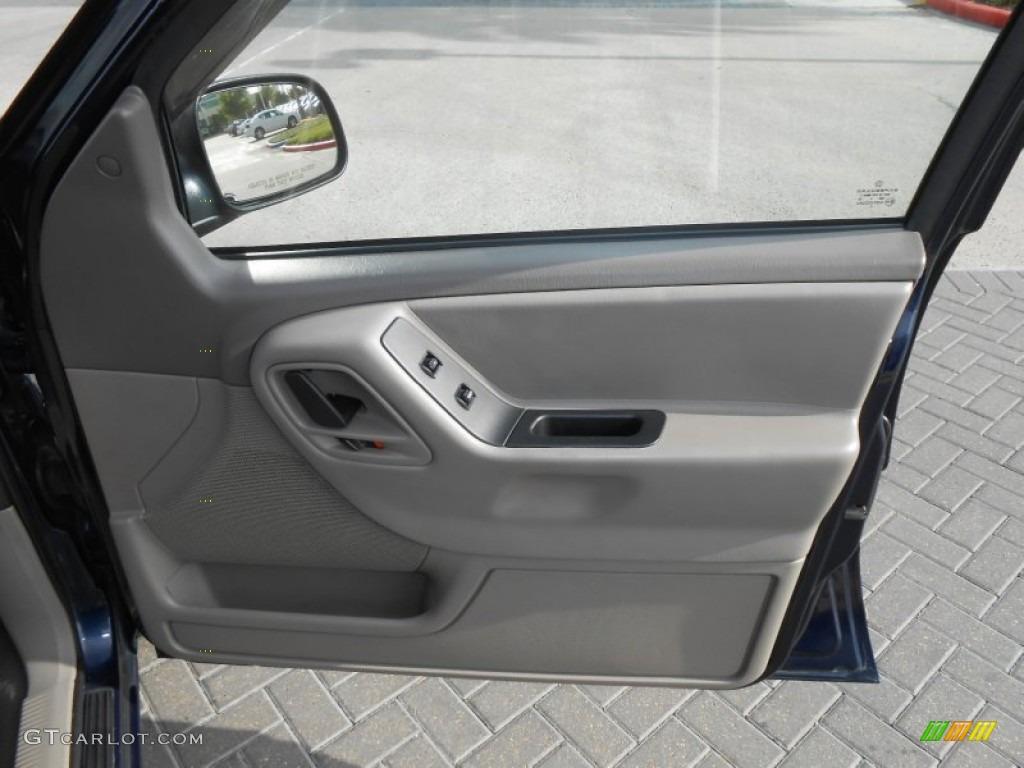 2004 Jeep Grand Cherokee Laredo Taupe Door Panel Photo 69439264