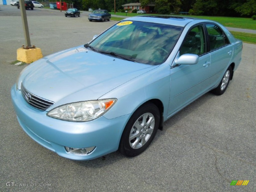 sky blue pearl 2005 toyota camry xle v6 exterior photo 69441719. Black Bedroom Furniture Sets. Home Design Ideas