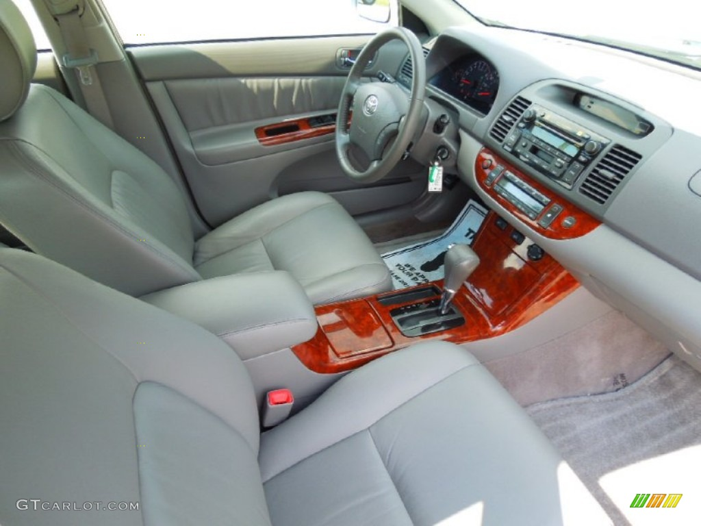 gray interior 2005 toyota camry xle v6 photo 69441920. Black Bedroom Furniture Sets. Home Design Ideas