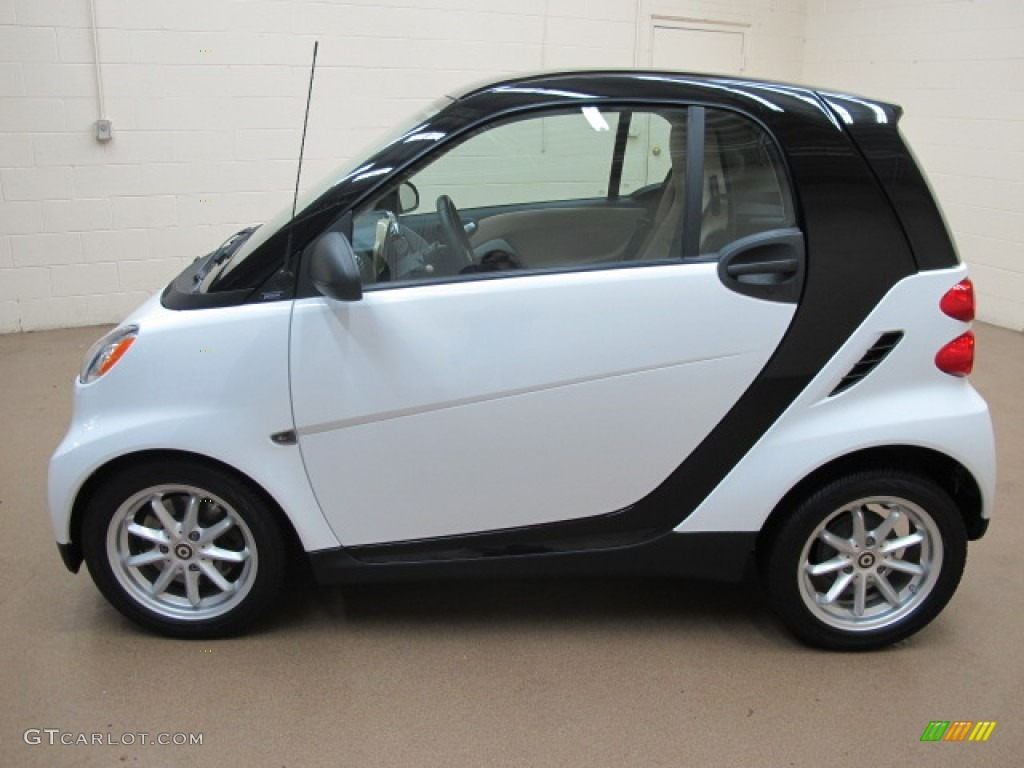 crystal white 2008 smart fortwo passion coupe exterior. Black Bedroom Furniture Sets. Home Design Ideas