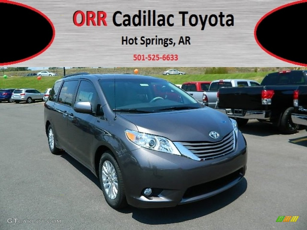 2012 Sienna XLE - Predawn Gray Mica / Light Gray photo #1