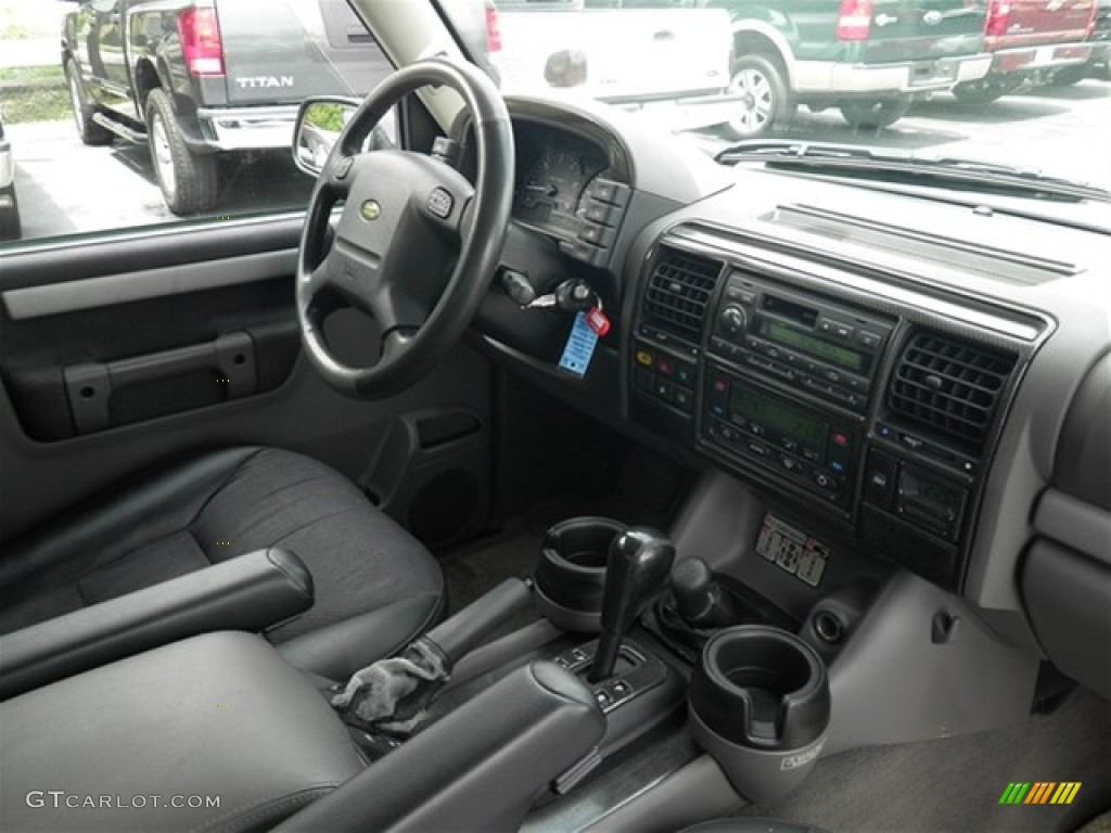 Black Interior 2002 Land Rover Discovery Ii Se Photo 69559101