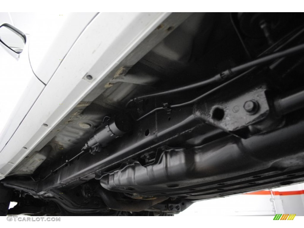 2005 Toyota 4runner Sport Edition 4x4 Undercarriage Photo