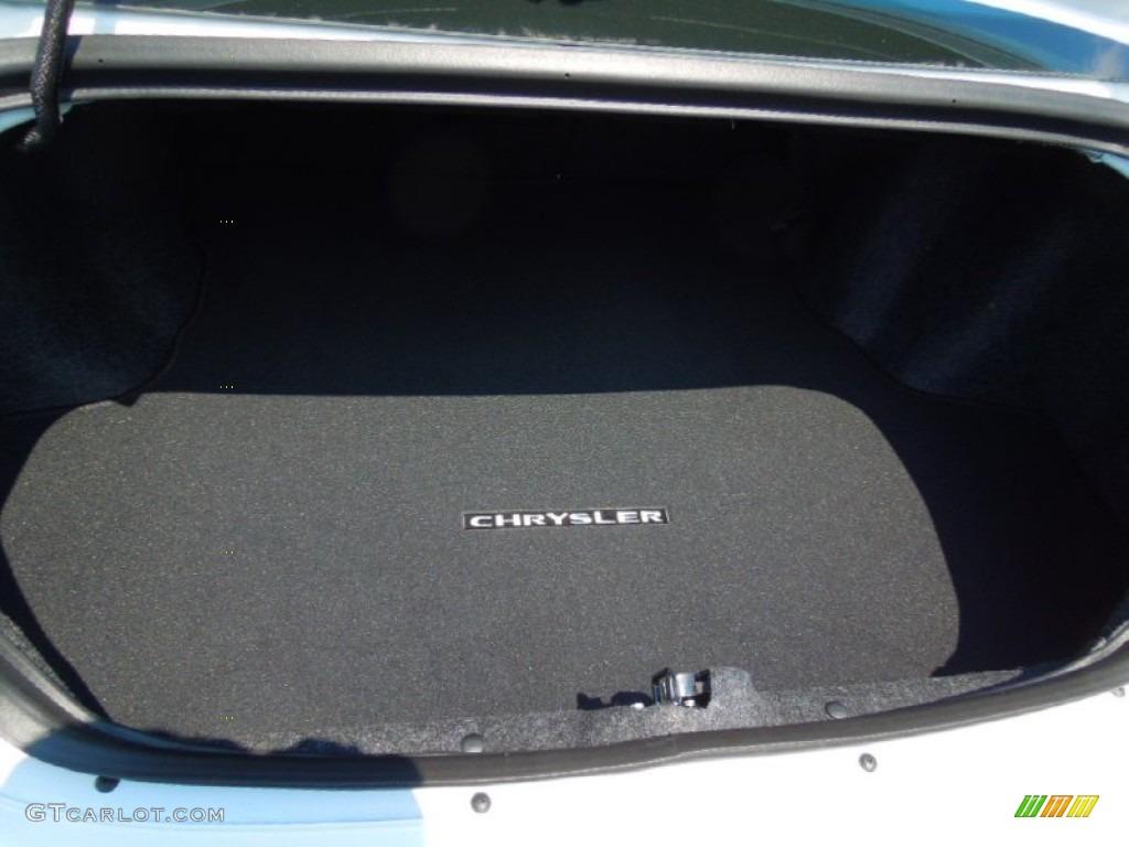 2013 chrysler 200 s sedan trunk photos. Black Bedroom Furniture Sets. Home Design Ideas