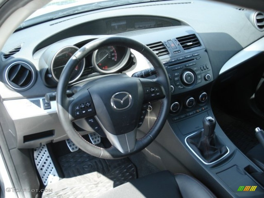 mazdaspeed black red interior 2012 mazda mazda3. Black Bedroom Furniture Sets. Home Design Ideas