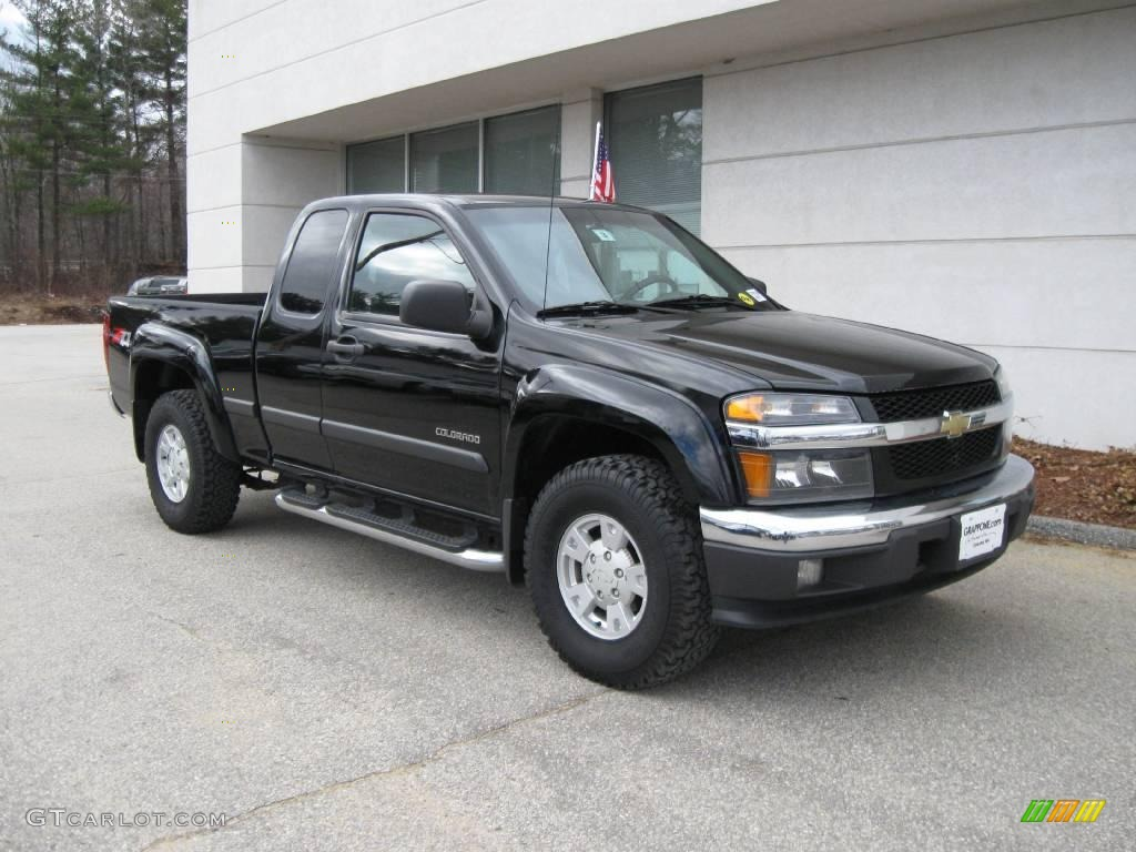 2004 Colorado LS Z71 Extended Cab 4x4 - Black / Medium Dark Pewter photo #1