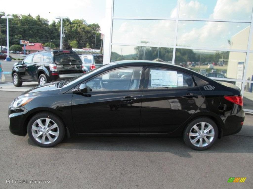 Ultra Black 2013 Hyundai Accent Gls 4 Door Exterior Photo 69711159 Gtcarlot Com