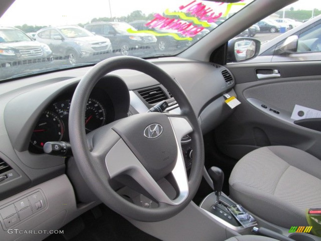 2013 hyundai accent gls 4 door interior photo 69712173. Black Bedroom Furniture Sets. Home Design Ideas