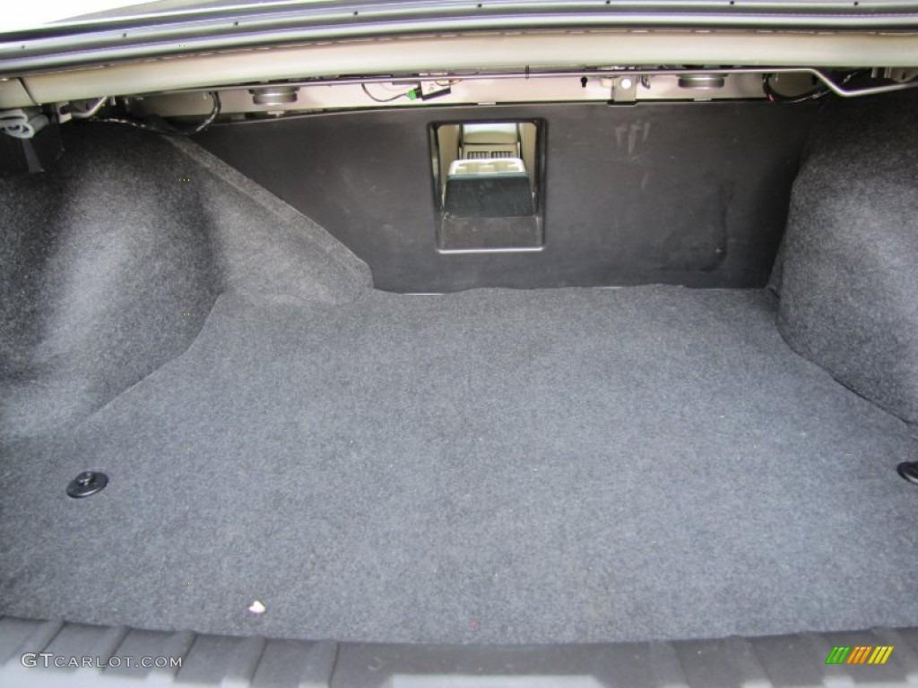 2007 buick lucerne cxl trunk photo 69725763. Black Bedroom Furniture Sets. Home Design Ideas