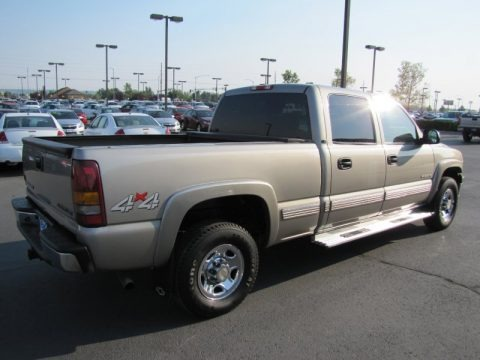 2001 Chevrolet Silverado 1500 LS Crew Cab 4x4 Data, Info and Specs