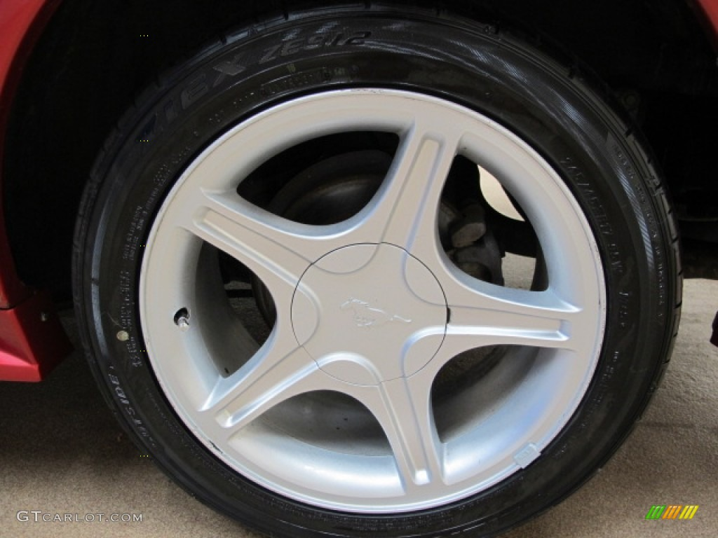 2002 Ford Mustang GT Coupe Wheel Photos