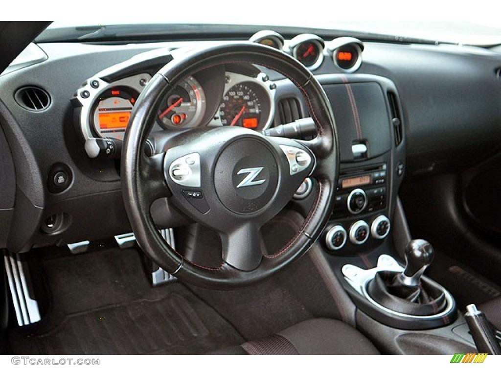 2010 370Z NISMO Coupe - Brilliant Silver / NISMO Black/Red Cloth photo #11