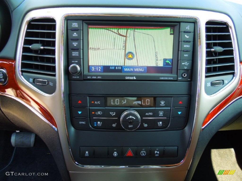 2013 Jeep Grand Cherokee Overland 4x4 Navigation Photo #69986947