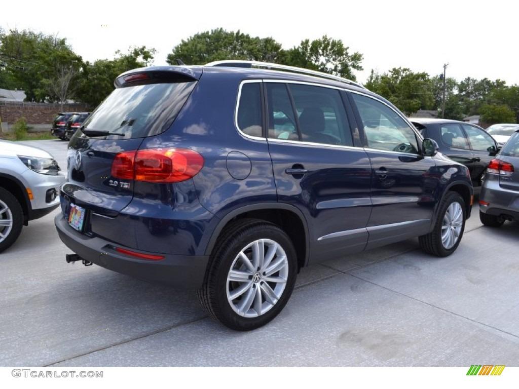 2013 Volkswagen Tiguan SE - Night Blue Metallic Color / Black Interior