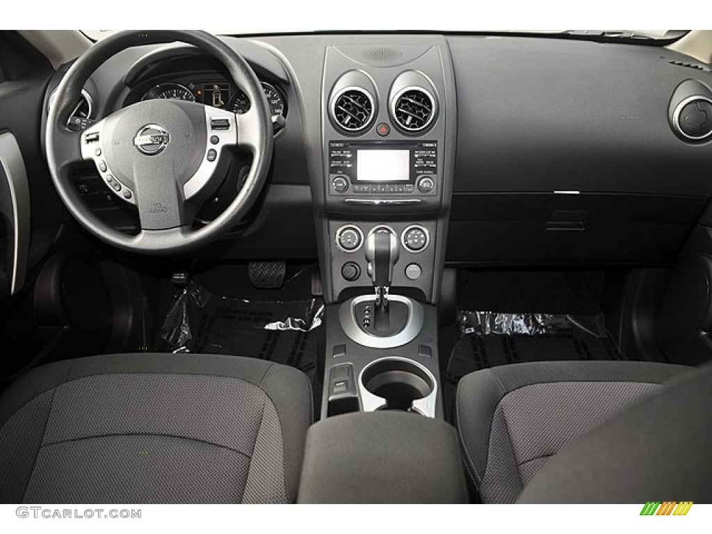2013 Nissan Rogue Sv Black Dashboard Photo 70084675