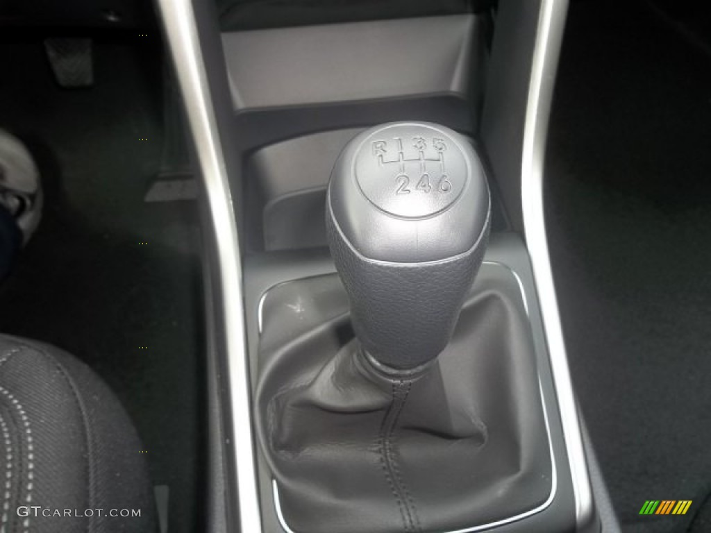 2013 Hyundai Elantra Gt 6 Speed Manual Transmission Photo
