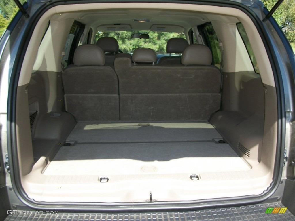 2003 Ford Explorer XLS 4x4 Trunk Photos
