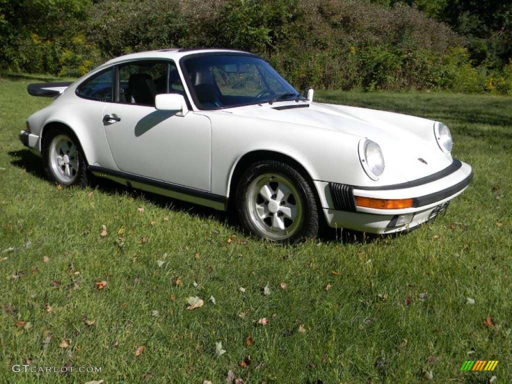 grand prix white 1988 porsche 911 carrera coupe exterior photo 70207051. Black Bedroom Furniture Sets. Home Design Ideas