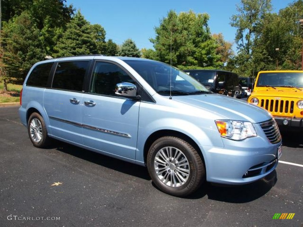 crystal blue pearl 2013 chrysler town country touring l exterior photo 70218925. Black Bedroom Furniture Sets. Home Design Ideas
