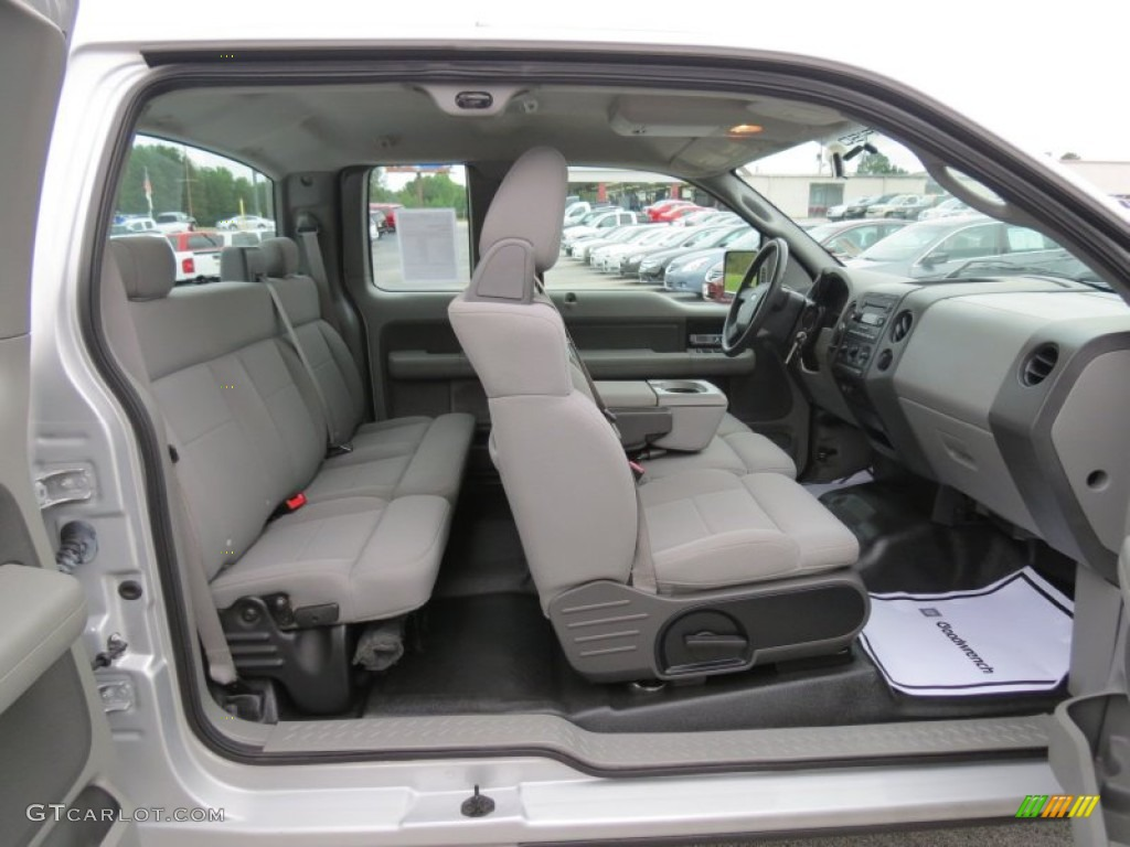 2006 Ford F150 STX SuperCab Interior Photo #70236787