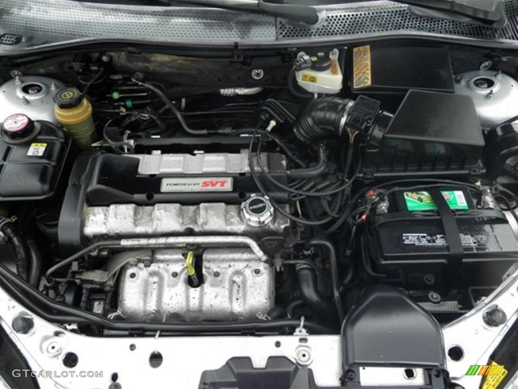 2004 ford focus svt hatchback 2 0 liter svt dohc 16 valve 4 cylinder engine photo