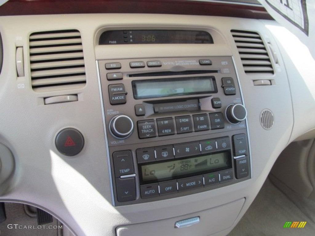 2006 Hyundai Azera Limited Controls Photo 70324521