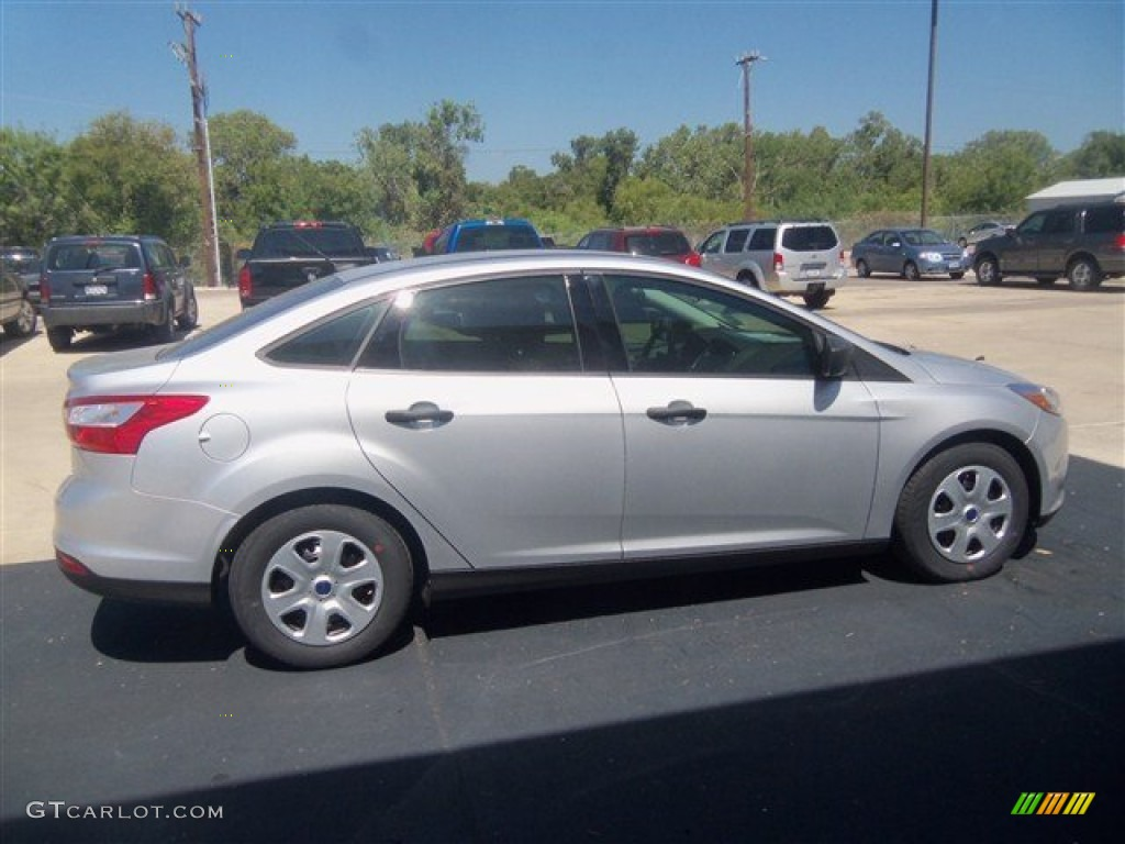 Ingot Silver 2013 Ford Focus S Sedan Exterior Photo #70325628