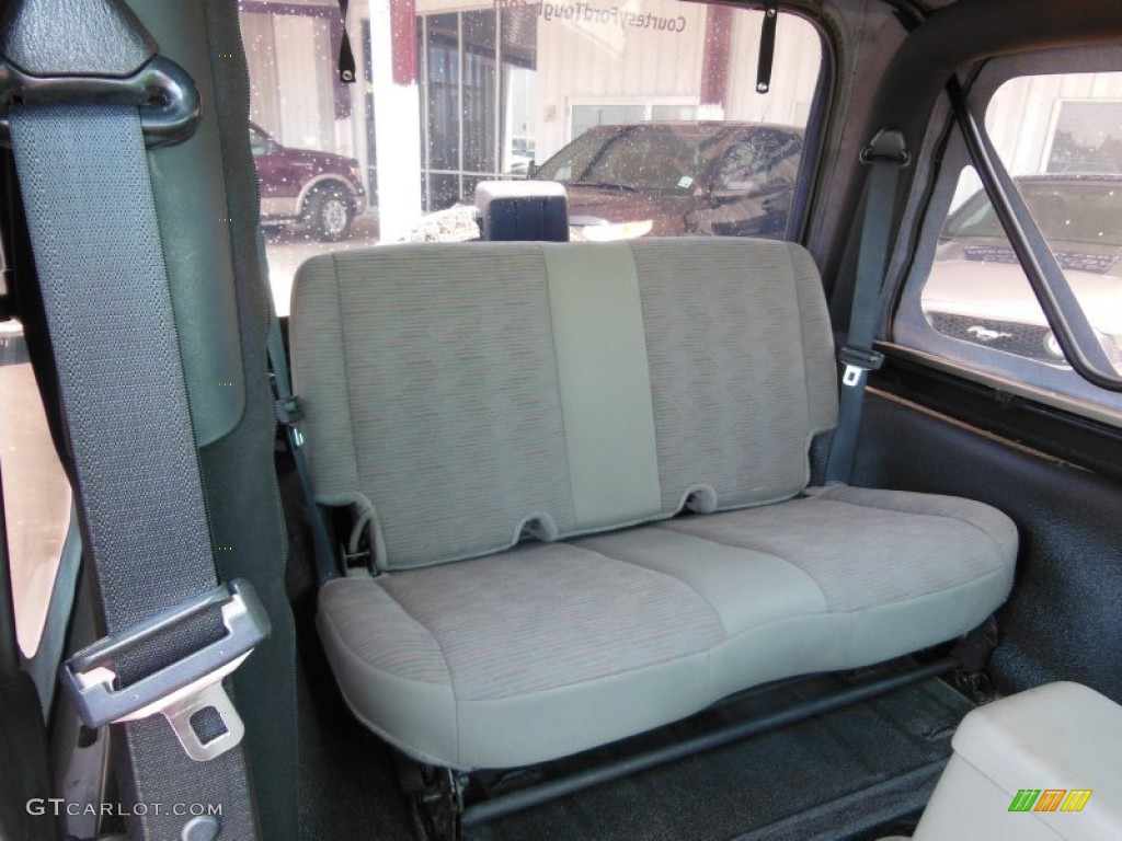 Khaki Interior 2005 Jeep Wrangler X 4x4 Photo 70334058