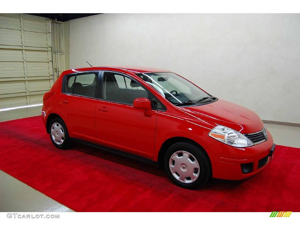 2009 red alert nissan versa 1 8 s hatchback 7018842. Black Bedroom Furniture Sets. Home Design Ideas