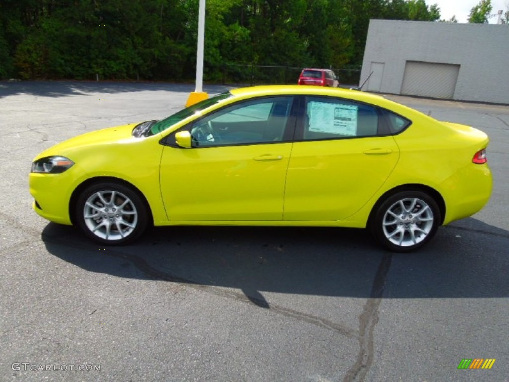 citrus peel pearl coat 2013 dodge dart rallye exterior. Black Bedroom Furniture Sets. Home Design Ideas