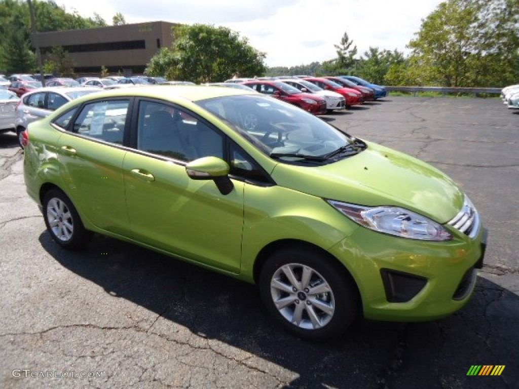 2013 Fiesta SE Sedan - Lime Squeeze / Charcoal Black/Light Stone photo #1