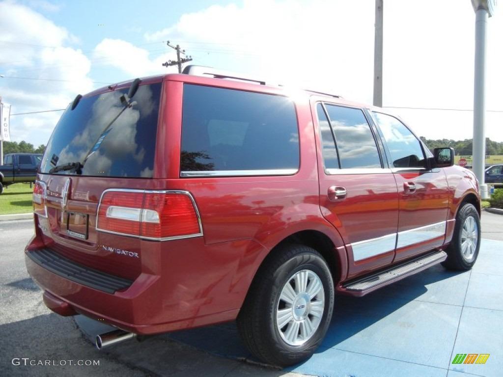 2007 Navigator Luxury - Vivid Red Metallic / Charcoal photo #5