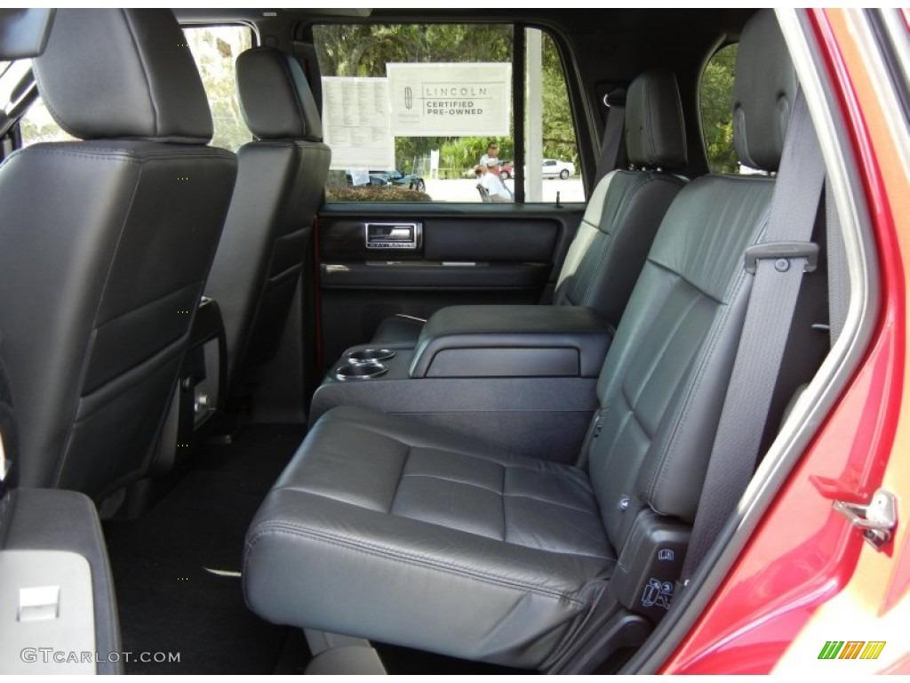 2007 Navigator Luxury - Vivid Red Metallic / Charcoal photo #14