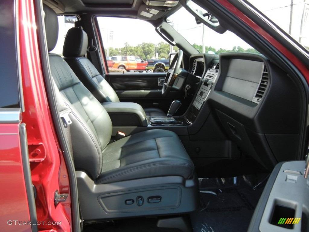 2007 Navigator Luxury - Vivid Red Metallic / Charcoal photo #19