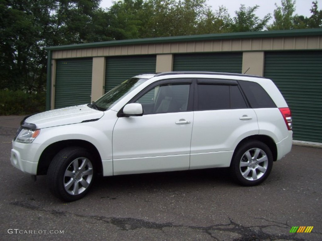 2011 White Water Pearl Suzuki Grand Vitara Limited 4x4 ...